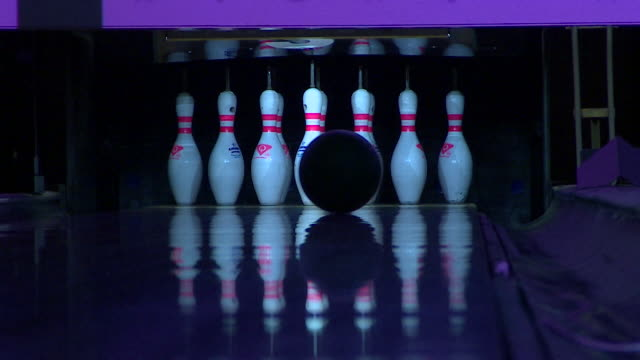 ten pin bowling - medium group of objects stock videos & royalty-free footage
