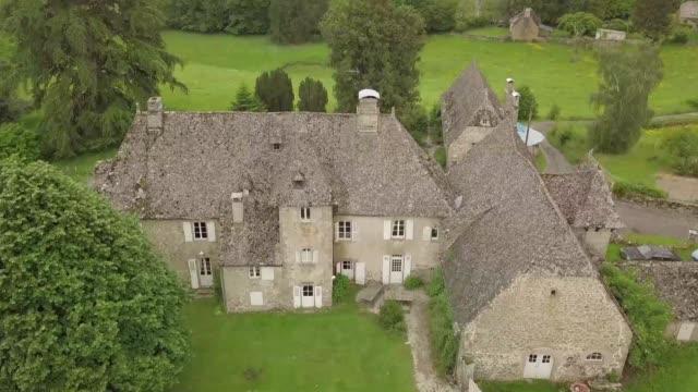 vídeos de stock, filmes e b-roll de a ten pound lottery ticket could win you a chateau in france worth 17 million euros - jogo da sorte