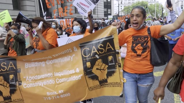 tenants and housing activist march in downtown manhattan demanding that ny governor cuomo #cancelrent and #evictionfreeny on thursday october 1,... - home economics点の映像素材/bロール