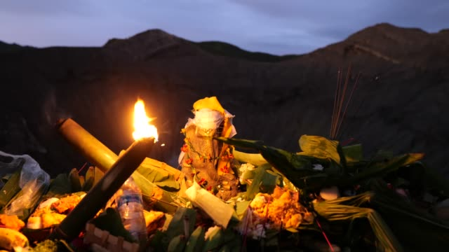 tenggerese pray during the yadnya kasada festival at the crater of mount bromo amid the coronavirus pandemic on july 07, 2020 in probolinggo, east... - bromo crater stock videos & royalty-free footage