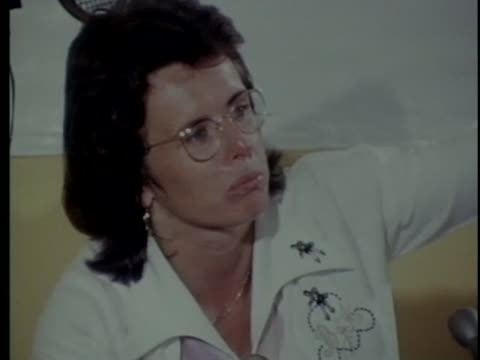 tennis champion billy jean king talks about her upcoming match with male chauvinist bobby riggs in 1973. - ビリー・ジーン・キング点の映像素材/bロール