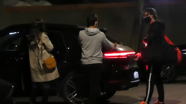 tennis player feliciano lópez and model sandra gago leaving the conde de godó tournament - サンドラ・ガゴ点の映像素材/bロール
