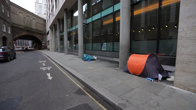 tent sheltering a homeless person during england's third lockdown at on january 11, 2021 in london, england. - city stock videos & royalty-free footage