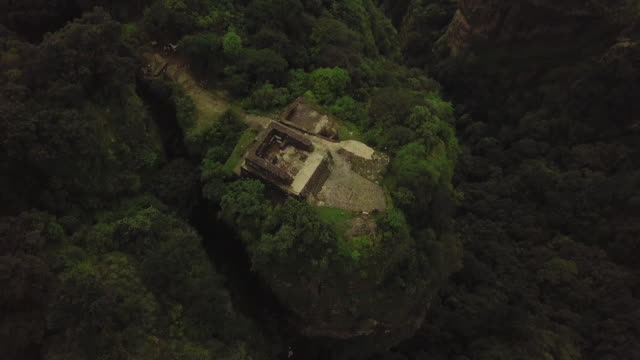 tepozteco and pyramid and tepoztlán city - old ruin stock videos & royalty-free footage