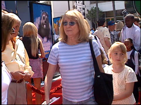 teri garr at the premiere of 'the adventures of rocky and bullwinkle' at universal in universal city california on june 24 2000 - the adventures of rocky and bullwinkle 2000 film stock videos & royalty-free footage