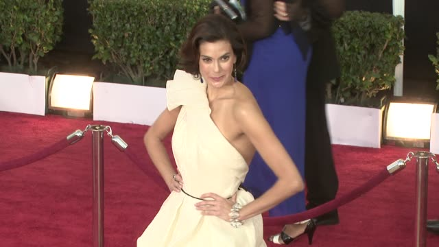 teri hatcher at the 15th annual screen actors guild awards part 3 at los angeles ca. - teri hatcher stock videos & royalty-free footage