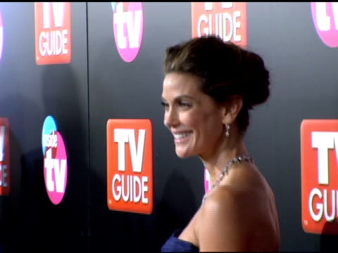 teri hatcher at the 2005 tv guide and inside tv emmy awards after party at the hollywood roosevelt hotel in hollywood california on september 19 2005 - teri hatcher stock-videos und b-roll-filmmaterial