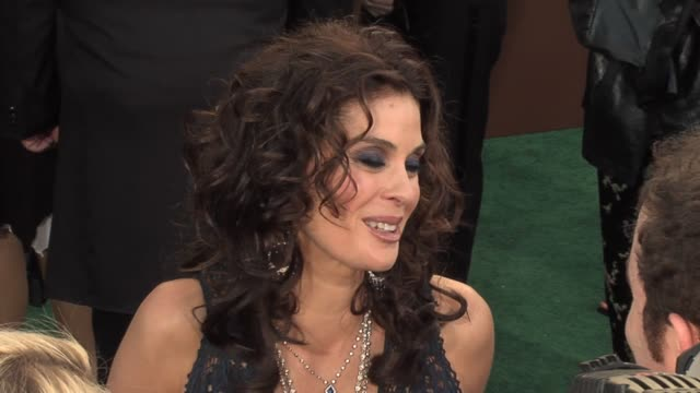 Teri Hatcher at the 2006 Grammy Awards arrivals at the Staples Center in Los Angeles California on February 8 2006