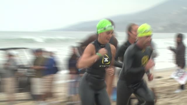 Teri Hatcher at the 23rd Annual Nautica Malibu Triathlon at Malibu CA