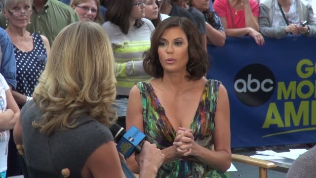 teri hatcher with lara spencer at the 'good morning america' studio in new york ny on 7/31/13 - v neck stock videos & royalty-free footage