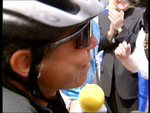 terminal cancer patient jane tomlinson returns from crosseurope cycle ride itn yorkshire leeds terminal cancer sufferer jane tomlinson and her... - patient journey stock videos & royalty-free footage