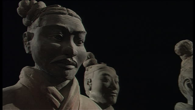 terra cotta warriors - statue stock-videos und b-roll-filmmaterial