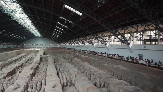 ws ha pan terracotta army / xian, china - 紀元前3世紀点の映像素材/bロール