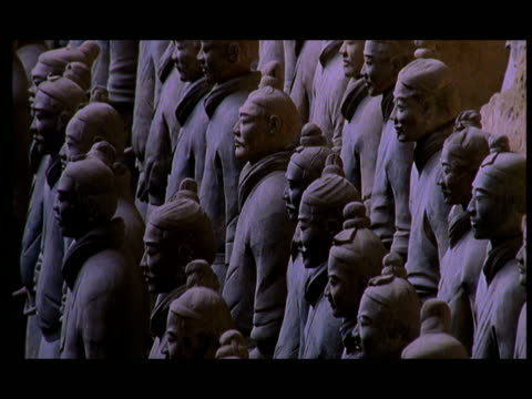 cu, cs, terracotta army, xi'an, shaanxi province, china - 紀元前3世紀点の映像素材/bロール