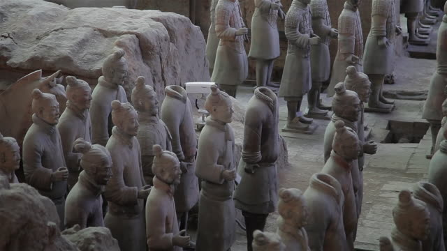 ms terracotta warriors / xi'an, shaanxi, china  - animal representation stock videos & royalty-free footage