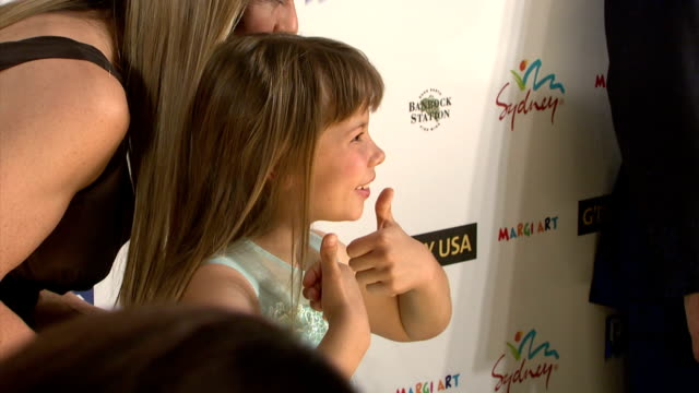 terri irwin and bindi irwin at the 'g'day usa' australia week 2008 event at jazz at lincoln center in new york, new york on january 22, 2008. - テリー アーウィン点の映像素材/bロール