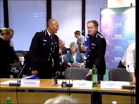 jean charles de menezes shooting blair attempt to block inquiry tx blair at metropolitan police authority meeting - 警視庁点の映像素材/bロール