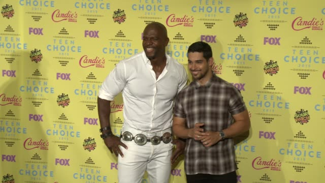 terry crews and wilmer valderrama at the teen choice awards 2015 at usc galen center on august 16 2015 in los angeles california - wilmer valderrama stock videos and b-roll footage