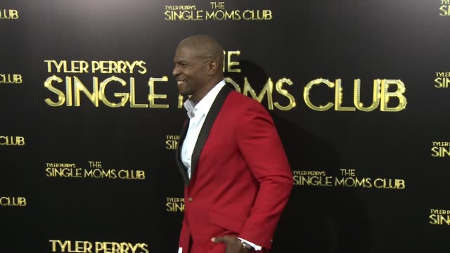 vídeos y material grabado en eventos de stock de terry crews at tyler perry's the single moms club los angeles premiere at arclight cinemas cinerama dome on march 10 2014 in hollywood california - cinerama dome hollywood