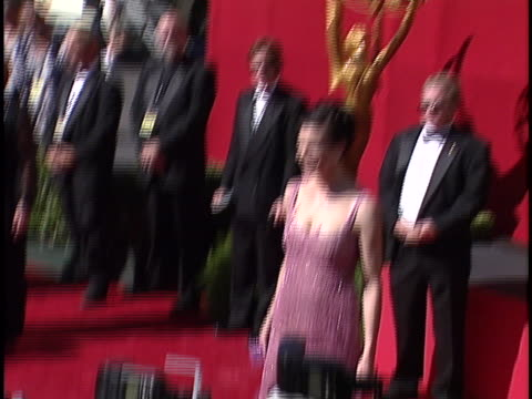 vidéos et rushes de terry farrell at the emmy awards 1999 at shrine auditorium. - shrine auditorium