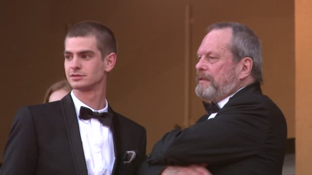 terry gilliam and andrew garfield... at the cannes film festival 2009: the imaginarium of dr parnassus steps at cannes . - terry gilliam stock-videos und b-roll-filmmaterial