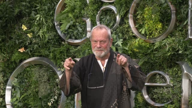 terry gilliam at odeon luxe leicester square on may 28, 2019 in london, england. - terry gilliam stock-videos und b-roll-filmmaterial