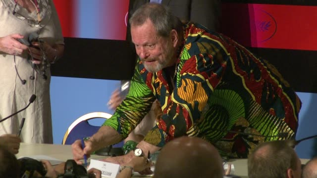 stockvideo's en b-roll-footage met terry gilliam at the cannes film festival 2009 the imaginarium of dr parnassus press conference at cannes - terry gilliam