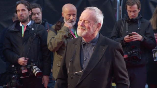 terry gilliam at 'the irishman' international premiere 63rd bfi london film festival closing carpet on october 13 2019 in london england - premiere stock-videos und b-roll-filmmaterial