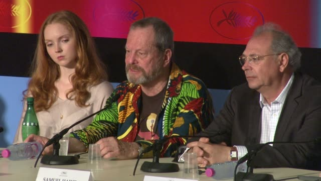 stockvideo's en b-roll-footage met terry gilliam on finishing the film for heath ledger at the cannes film festival 2009 the imaginarium of dr parnassus press conference at cannes - terry gilliam