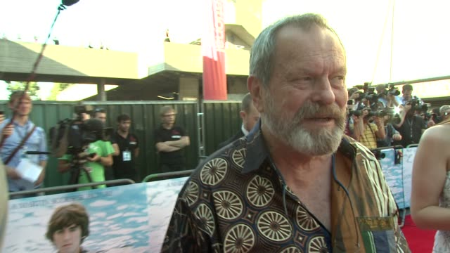 stockvideo's en b-roll-footage met terry gilliam on george harrison at the george harrison living in the material world uk premiere at london england - terry gilliam