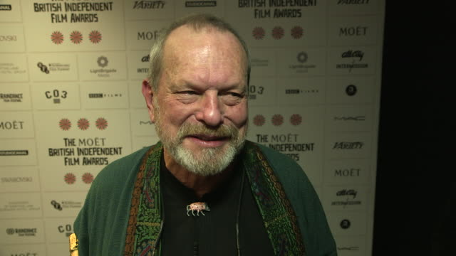 terry gilliam on giving an award to jude law, the importance to reconise new talent at british independent film awards winners interviews at old... - terry gilliam stock-videos und b-roll-filmmaterial