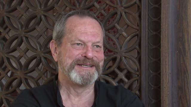 stockvideo's en b-roll-footage met terry gilliam on making a good movie at the 2008 dubai international film festival terry gilliam at dubai - terry gilliam