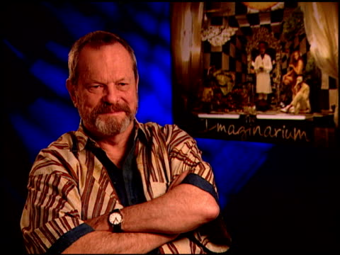vídeos de stock, filmes e b-roll de terry gilliam on moving forward after heath ledger's death. at the 'the imaginarium of doctor parnassus' junket at beverly hills ca. - heath ledger