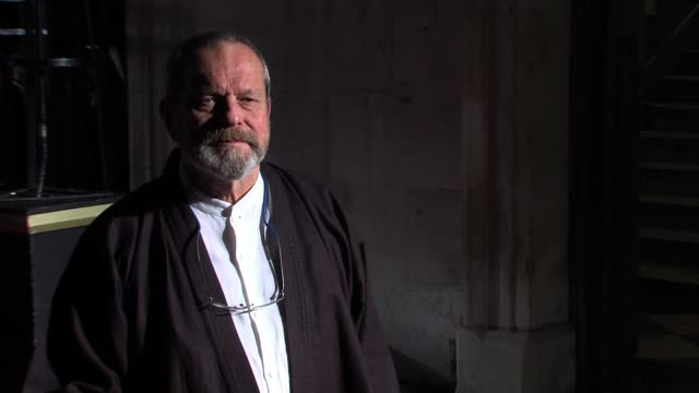 stockvideo's en b-roll-footage met terry gilliam terry gilliam at lso st lukes on october 26 2011 in london england - terry gilliam