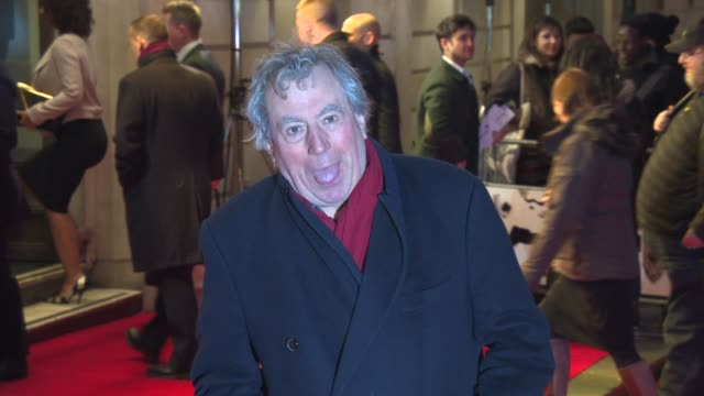 terry jones on what makes him laugh at the book of mormon london opening night on the 21st of march 2013 - 俳優 テリー ジョーンズ点の映像素材/bロール