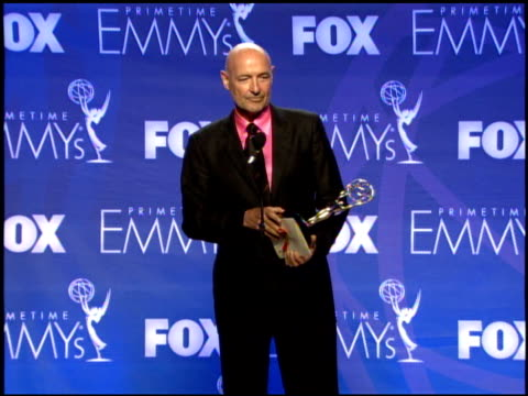 terry o'quinn, winner for supporting actor in a drama series for 'lost' at the 2007 emmy awards press room at the shrine auditorium in los angeles,... - serie televisiva video stock e b–roll