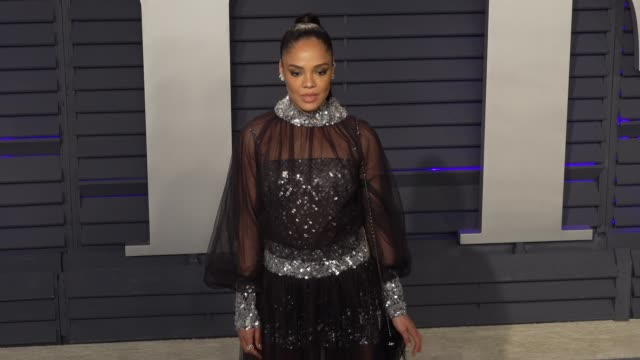 tessa thompson at 2019 vanity fair oscar party hosted by radhika jones at wallis annenberg center for the performing arts on february 24, 2019 in... - vanity fair oscar party video stock e b–roll