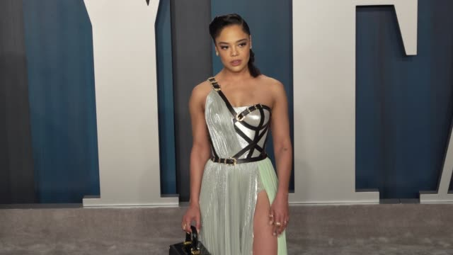 tessa thompson at vanity fair oscar party at wallis annenberg center for the performing arts on february 09 2020 in beverly hills california - vanity fair oscarparty stock-videos und b-roll-filmmaterial
