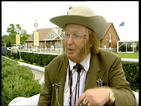 stockvideo's en b-roll-footage met test tube foals bred to be better show jumpers itn unknown john mccririck interview sot should not allow test tube breeding in racehorses newmarket... - john mccririck
