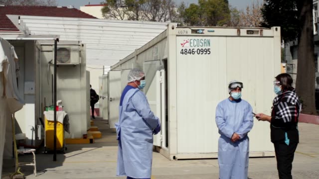 testing unit where temperature and testing are taken in buenos aires, argentina on august 21, 2020. the team of the febrile emergency unit of the... - buenos aires province stock videos & royalty-free footage