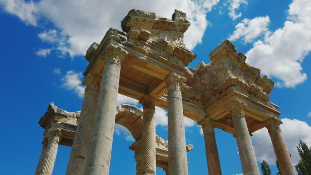 tetrapylon in aphrodisias - ruined stock videos & royalty-free footage