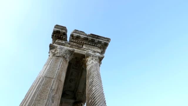 tetrapylon von aphrodisias antike stadt - mythologie stock-videos und b-roll-filmmaterial