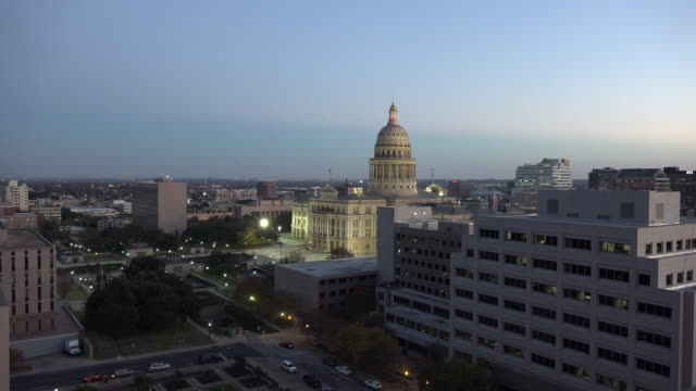 texas austin capitol building and flags zoom in - texas state capitol building stock videos & royalty-free footage