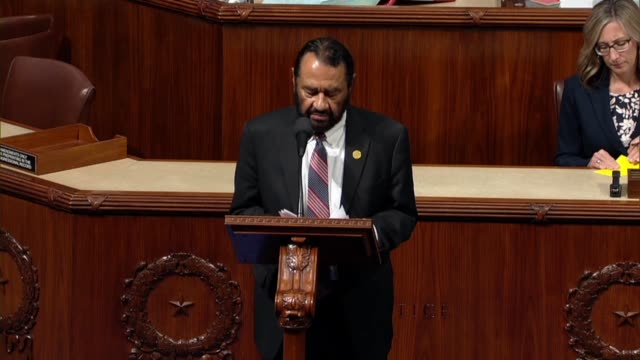 texas congressman al green reads from his proposed article of impeachment against president donald trump, resolved that trump is unfit to represent... - gettysburg stock-videos und b-roll-filmmaterial