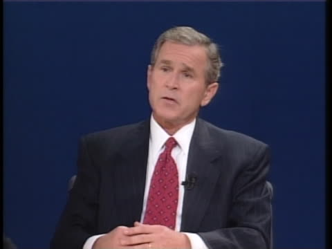 texas gov. george w. bush states that he will stand by israel and reach out to moderate arab nations during the second presidential debate of the... - 2000年風格 個影片檔及 b 捲影像
