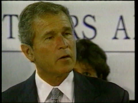 stockvideo's en b-roll-footage met texas governor george w bush comments on president clinton sex scandal saying 'i'm embarrassed for my country' george w bush comments on clinton sex... - george w. bush