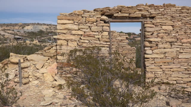 texas terlingua stone ruin with door zoom out - gravel stock videos & royalty-free footage