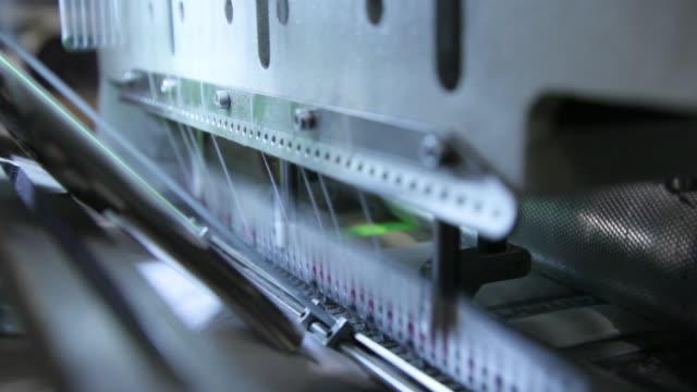 vídeos de stock e filmes b-roll de textile factory - textile factory