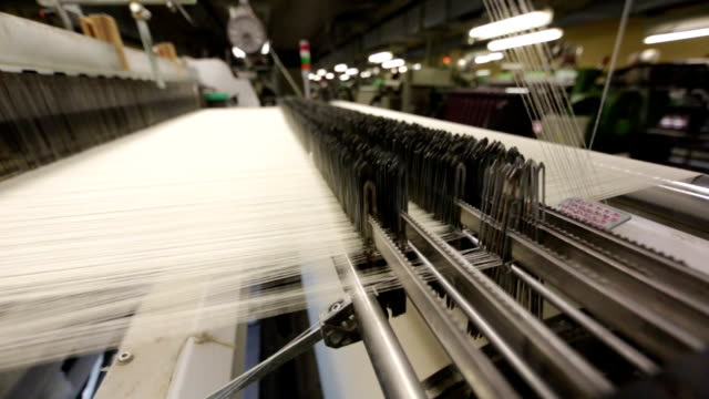 stockvideo's en b-roll-footage met textile machine - katoen