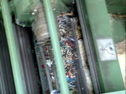textil-recycling - textilindustrie stock-videos und b-roll-filmmaterial